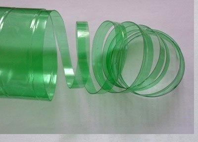 Клубника из пластиковых бутылок 3