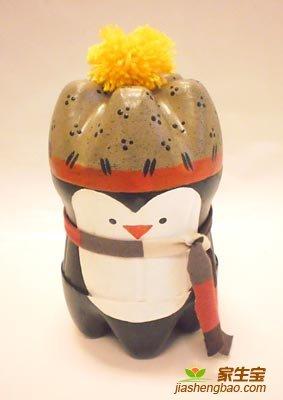готовый пингвин из пластиковых бутылок