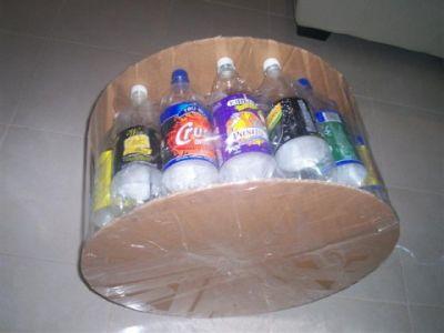 делаем пуфик из пластиковых бутылок