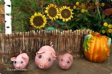животные из пластиковых бутылок в огород фото